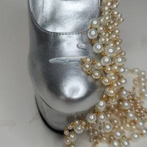 GASOLINE GLAMOUR Shoes - GASOLINE GLAMOUR PEARL DRIP SILVER SHOES